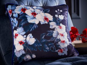 Exotic Azure cushion