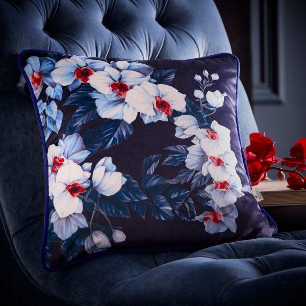 Exotic Azure cushion