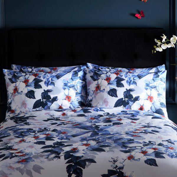 Oasis Exotic Blue Mauve Lavender Floral Pillowcase Pair Set