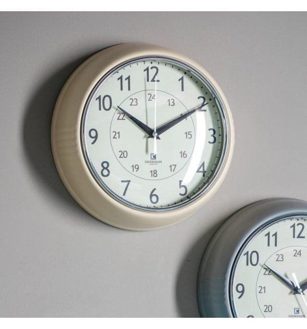 Aukland oatmeal cream clock W24 D7 H24