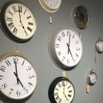 sopha clock wall