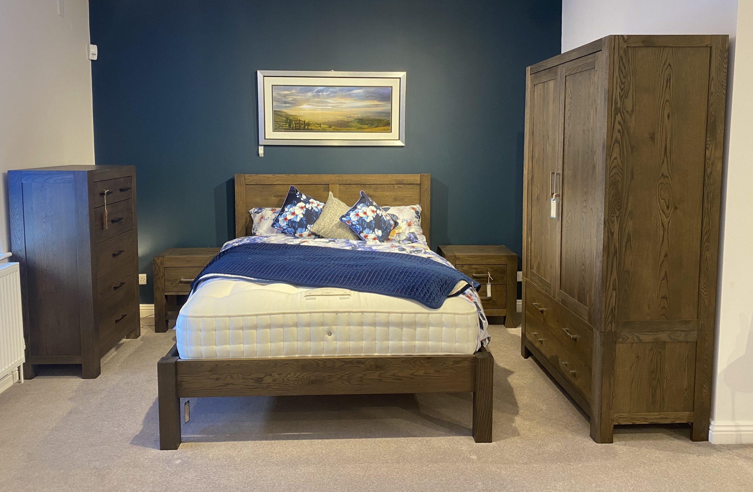 avocado dark oak bedroom set  sopha