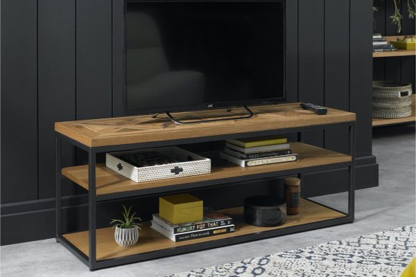 Tarragon Entertainment Unit with Open Front - Roomset