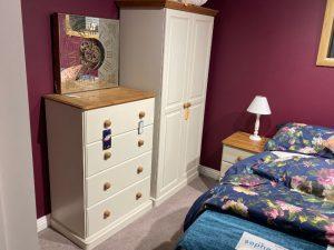 Cinnamon Bedroom Set