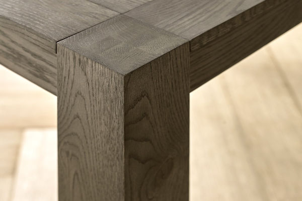 Sopha Avocado dark oak large end extension table corner