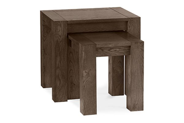 Sopha Avocado dark oak nest of tables
