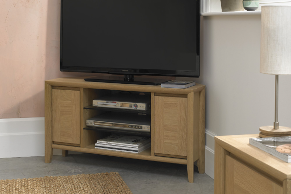 Sopha nutmeg oak corner entertainment unit display