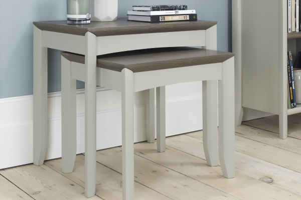 Sopha Nutmeg two tone nest of tables display