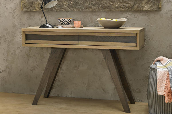 Sopha Pepper aged oak console table with drawers display