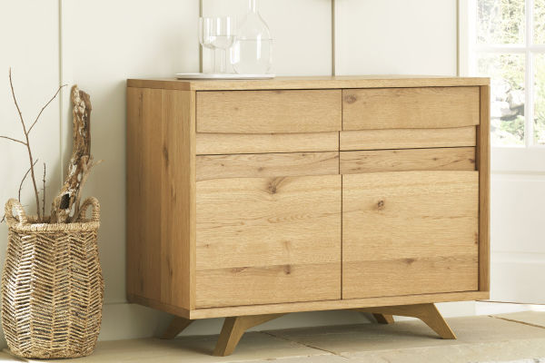 Sopha Pepper rustic oak narrow sideboard display