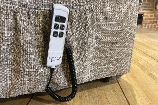 Sopha Sherborne Upholstery Malham Remote